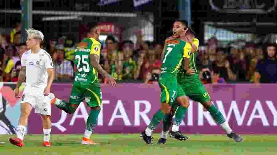 Juan Rodríguez comemora gol do Defensa y Justicia contra o Santos pela Libertadores - REUTERS/Agustin Marcarian