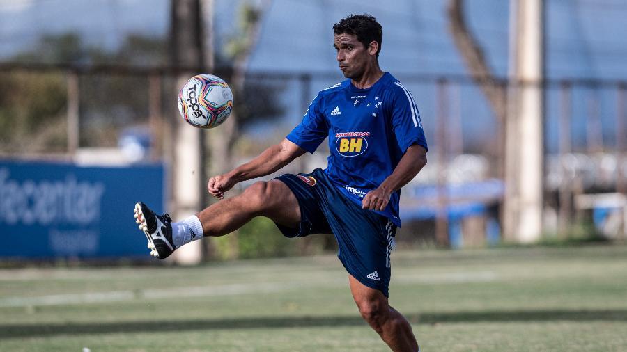 Jean foi volante do Cruzeiro na temporada passada - Gustavo Aleixo/Cruzeiro