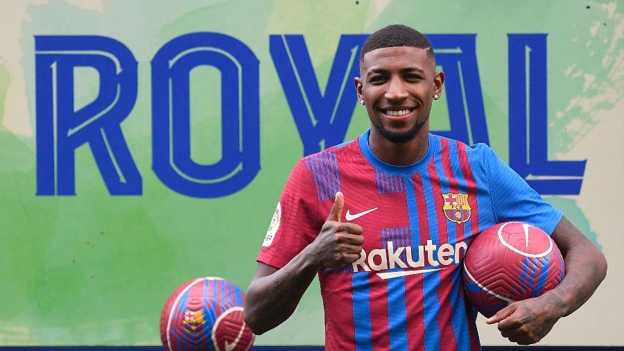 Emerson Royal retorna ao Barcelona  - Josep Lago/AFP