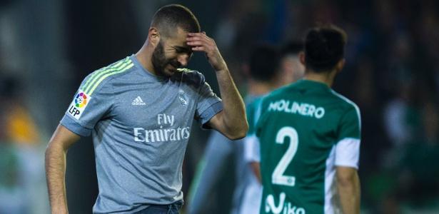 Benzema deve voltar a jogar contra o Sevilla, em 20 de março - Gonzalo Arroyo Moreno/Getty Images