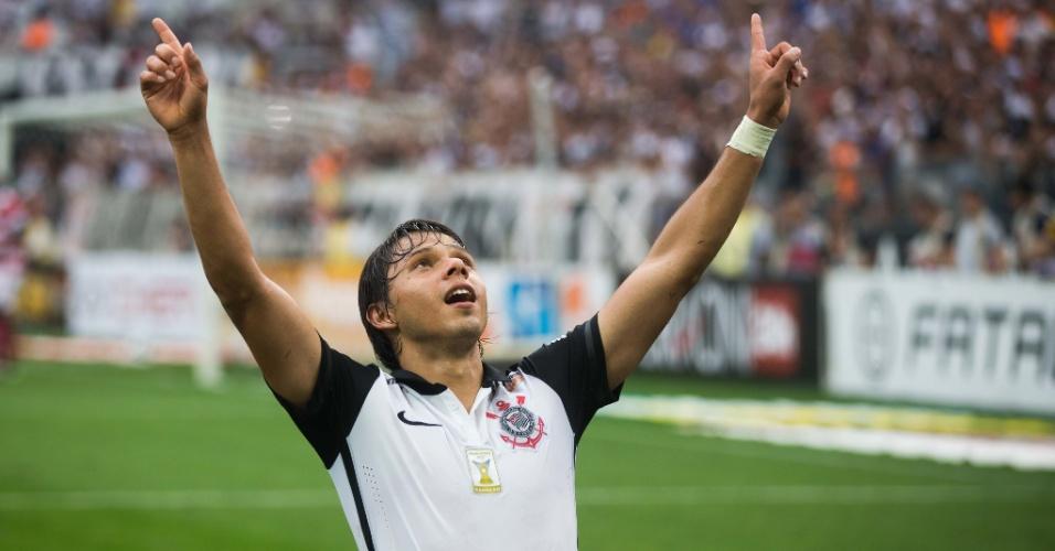Romero comemora seu segundo gol marcado para o Corinthians sobre o Linense