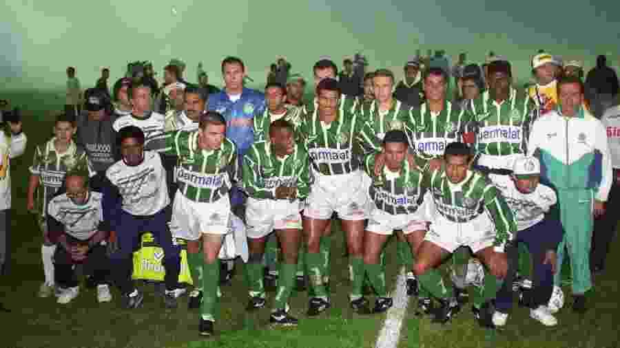 Time do Palmeiras campeão paulista de 1996 com 102 gols marcados - Eduardo Knapp-2.jun.1996/Folhapress