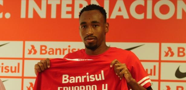 Eduardo Henrique usará a camisa 27 e assinou por dois anos - com opção de mais dois - Ricardo Duarte/Divulgação SC Internacional