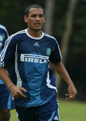 Marcelo Costa em ação pelo Palmeiras em 2006