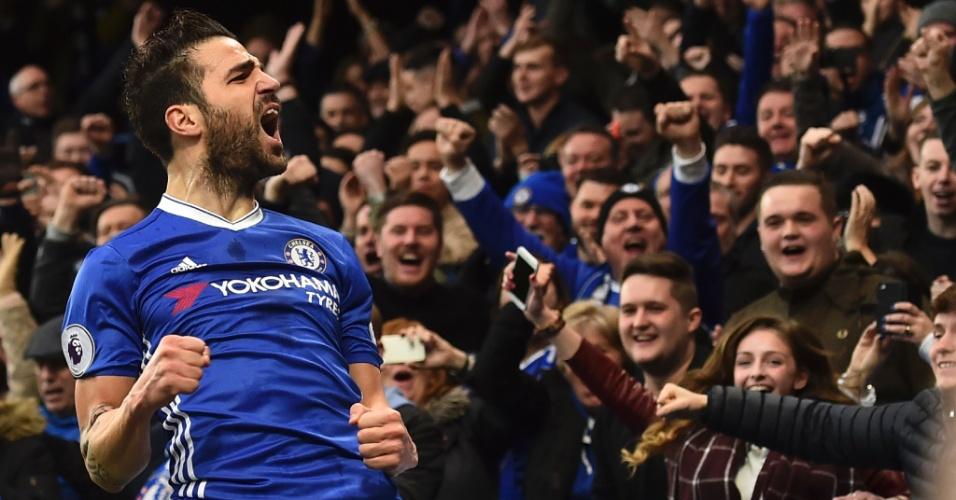 Cesc Fabregas vibra muito após abrir o placar para Chelsea contra o Swansea