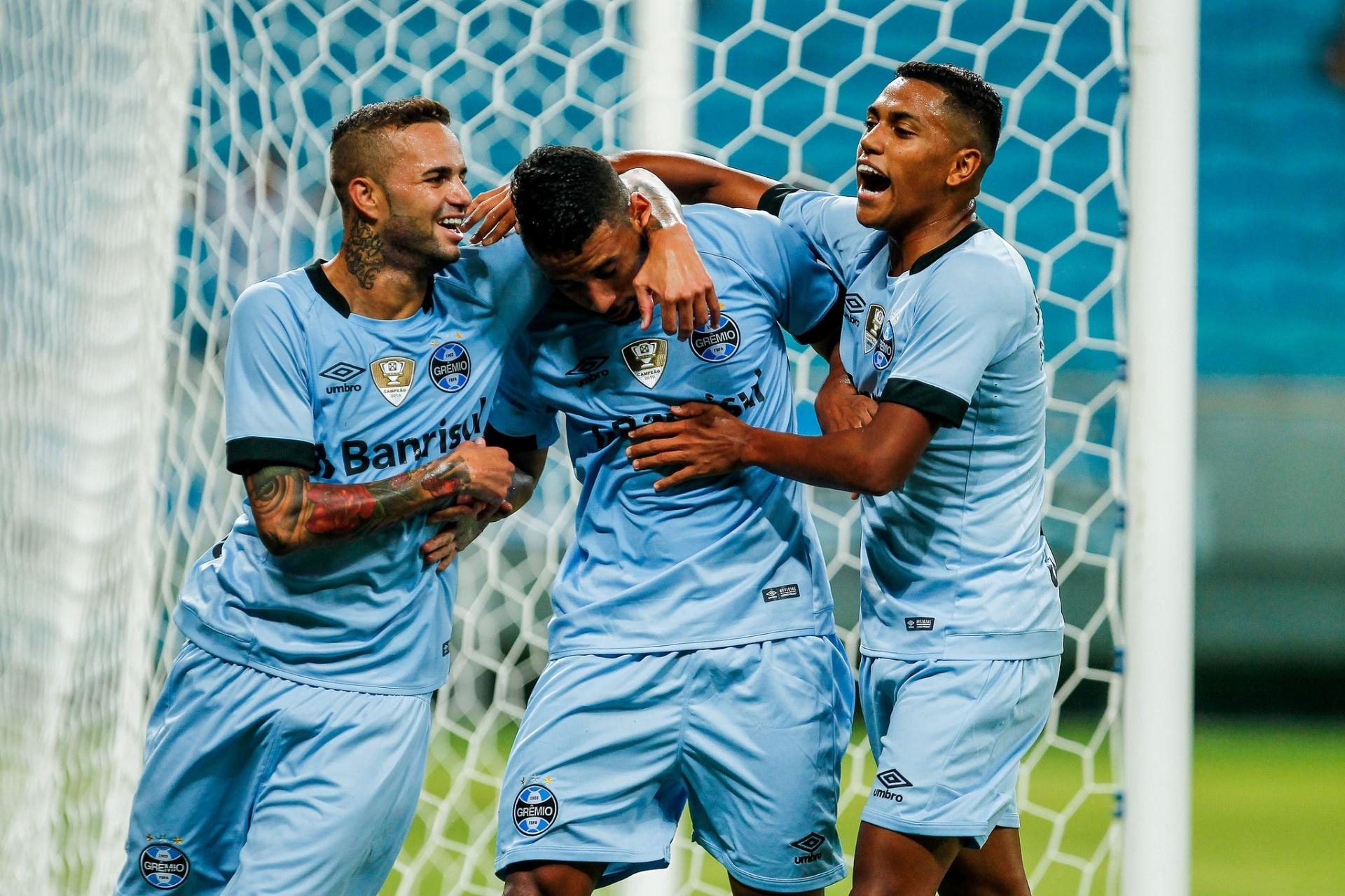 Grêmio tem início fulminante 4aa3c38871519