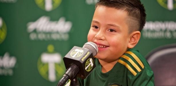 Portland Timbes contratou menino de 5 anos em ação benemérita