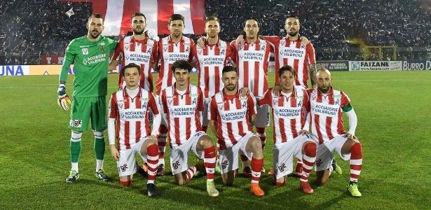 Com falência decretada, Vicenza ocupa o meio da tabela na terceira divisão italiana - @VicenzaCalcio1902/Facebook