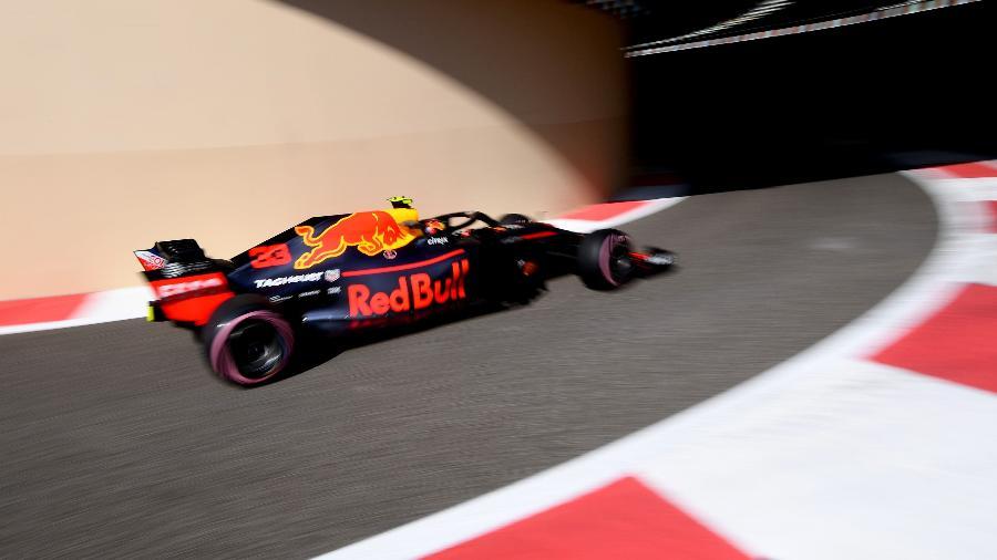 Max Verstappen liderou o primeiro treino livre em Abu Dhabi - GIUSEPPE CACACE/AFP