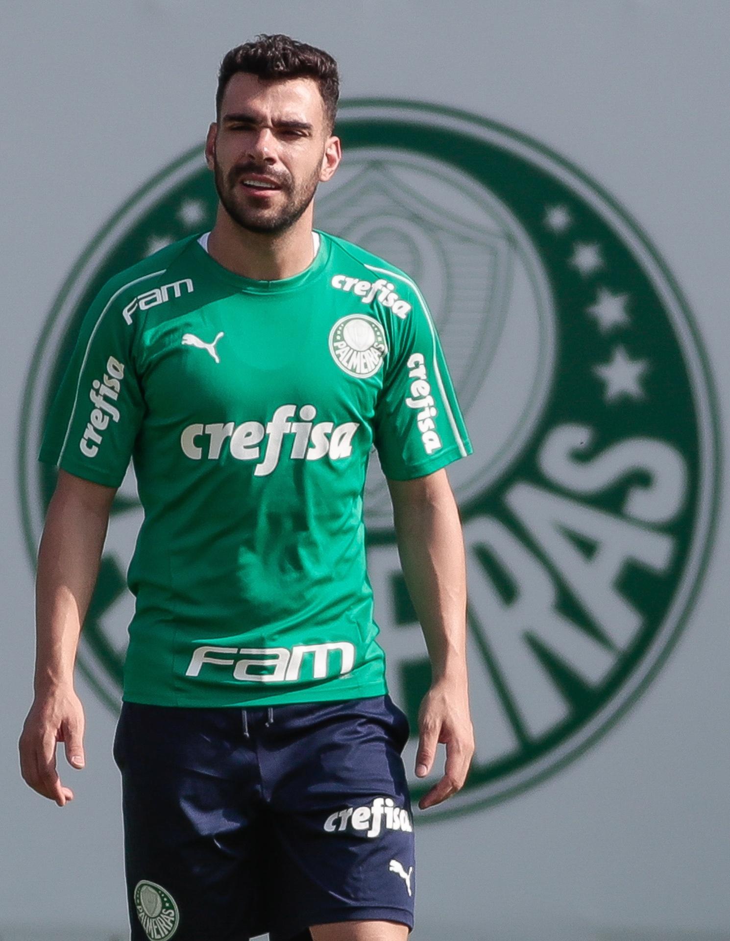 51ba25023e Palmeiras mantém otimismo e faz planos para segurar Bruno Henrique -  Esporte - BOL