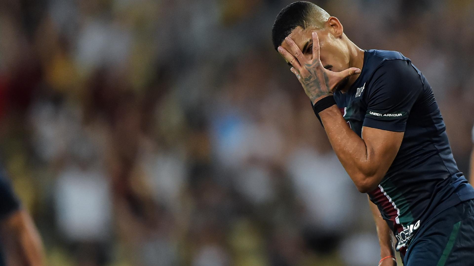 Gilberto comemora o gol anotado no duelo entre Fluminense e Resende