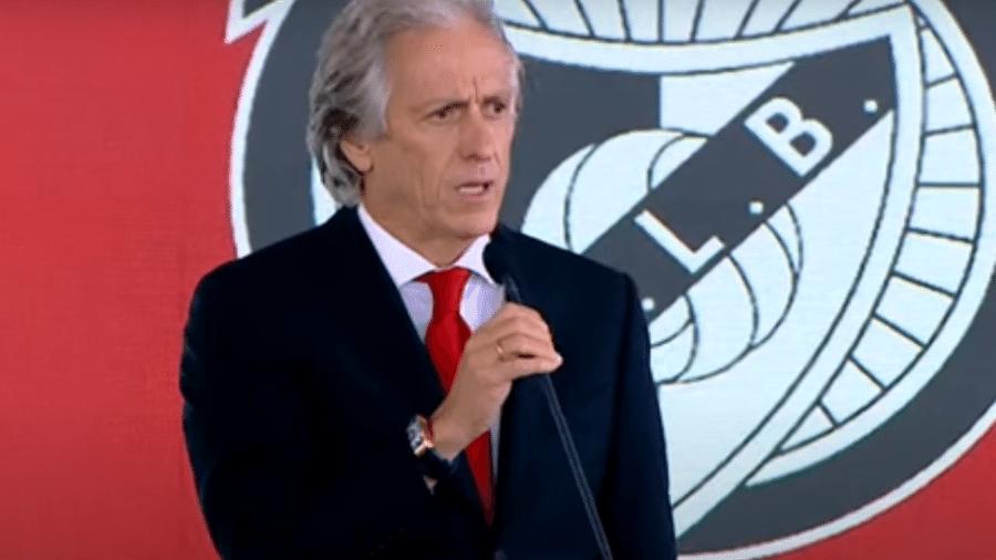 Benfica faz pagamento da multa rescisória de Jesus ao Fla e finaliza processo que envolvia a contratação do treinador