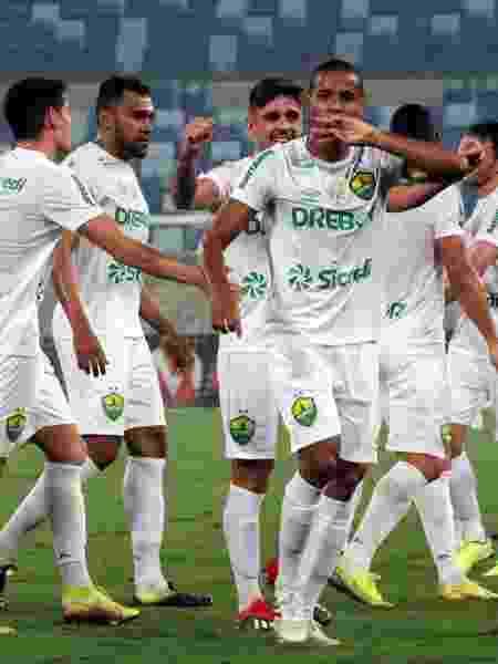 Jogadores do Cuiabá comemoram gol contra o Oeste - Thiago Carvalho/AssCom Cuiabá E.C - Thiago Carvalho/AssCom Cuiabá E.C