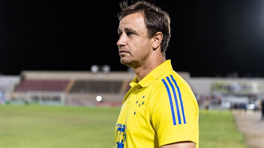 Felipe Conceição foi demitido pelo Cruzeiro após derrota para a Juazeirense e queda na Copa do Brasil - Bruno Haddad/Cruzeiro