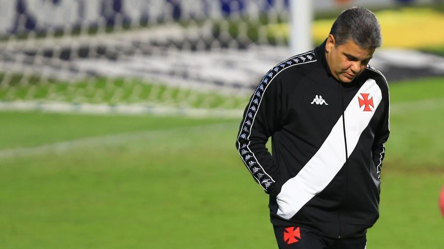 Marcelo Cabo, técnico do Vasco, em partida com o Goiás, pela Série B do Brasileiro - CARLOS COSTA/FUTURA PRESS/FUTURA PRESS/ESTADÃO CONTEÚDO