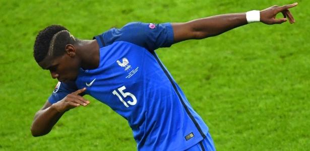 Transação do meio-campista francês seria a mais cara da história do futebol  - AFP PHOTO/Francisco LEONG
