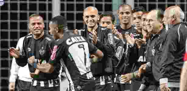 Fábio Santos ficou quatro partidas no banco de reservas do Atlético-MG - Bruno Cantini/Clube Atlético Mineiro