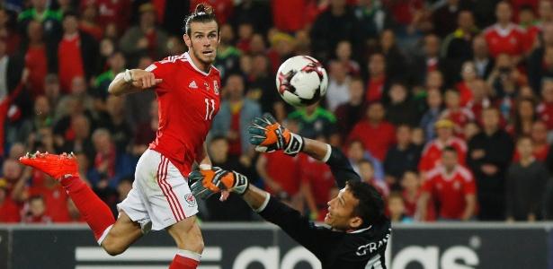 Capitão de Gales, Gareth Bale já vinha sendo escoltado por seguranças no Real Madrid