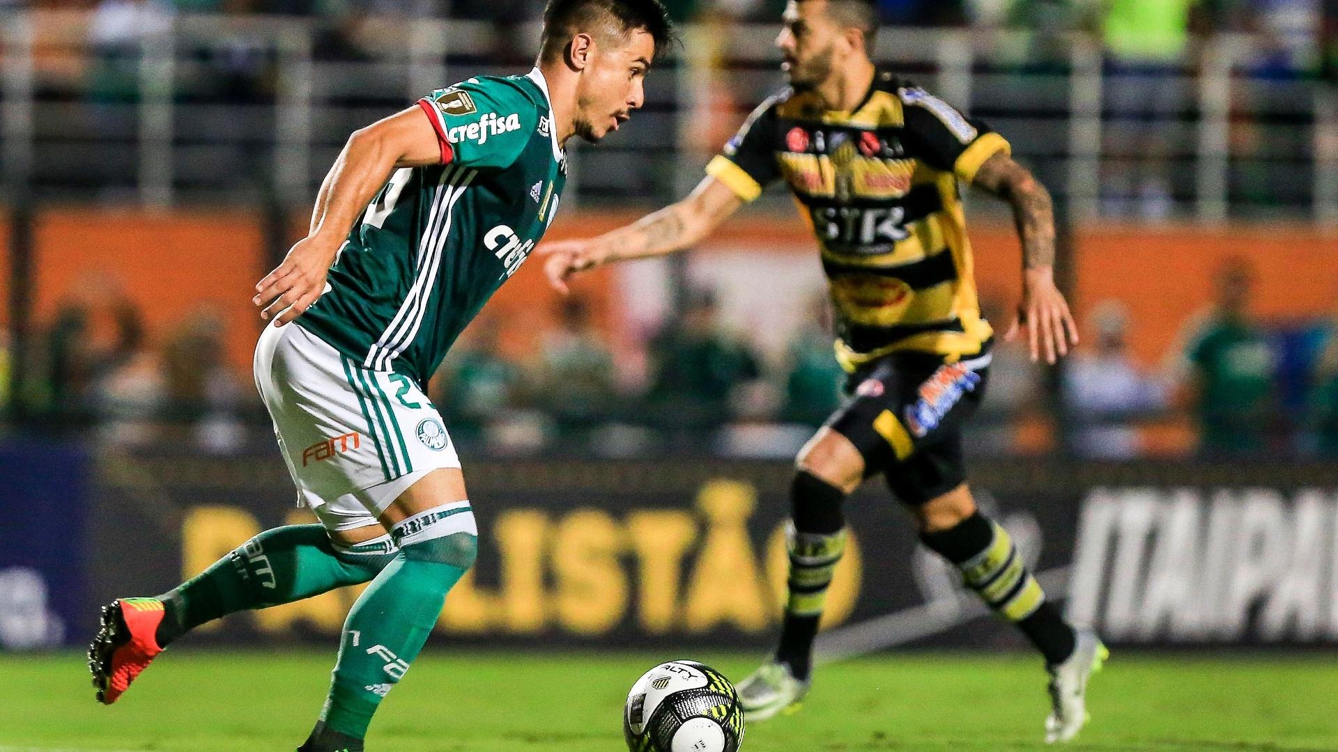 Willian, do Palmeiras, no duelo contra o Novorizontino