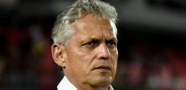 Técnico Reinaldo Rueda pediu apoio ao goleiro Muralha