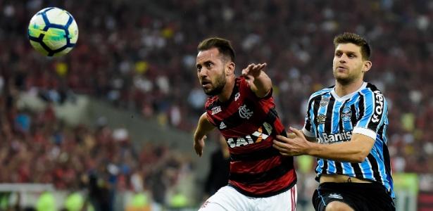Kannemann interessa o Flamengo, mas Grêmio não quer negócio - Thiago Ribeiro/AGIF