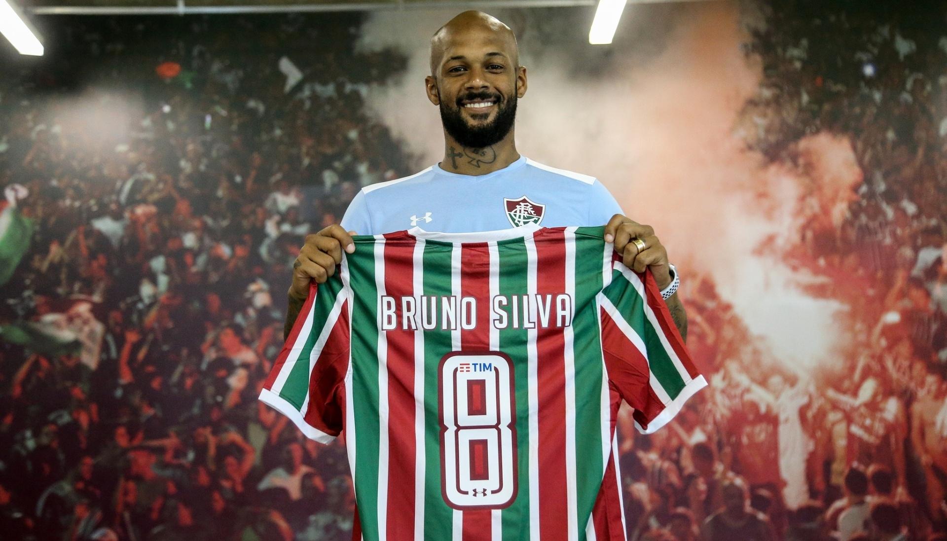 Bruno Silva chega ao Flu e promete reviver bons momentos de Botafogo -  Esporte - BOL c7ceb11d00467