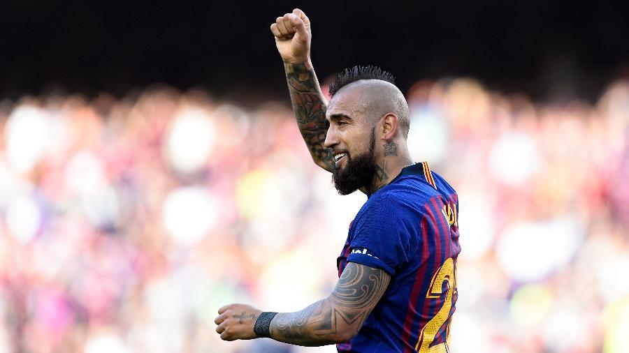 O chileno Arturo Vidal não deve permanecer no Barcelona e está na mira da Juventus - Photo by Josep LAGO