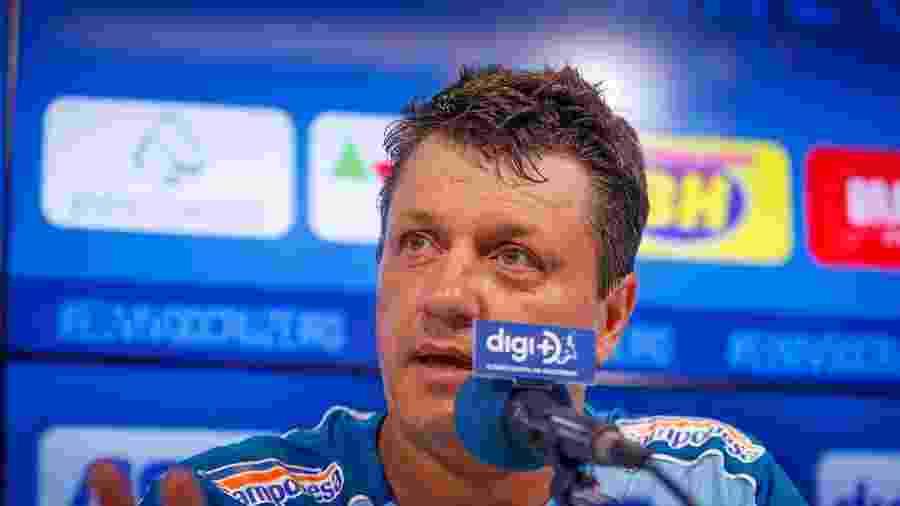 Treinador chegou na sexta-feira prometendo um Cruzeiro com muita intensidade dentro de campo - Vinnicius Silva/Cruzeiro