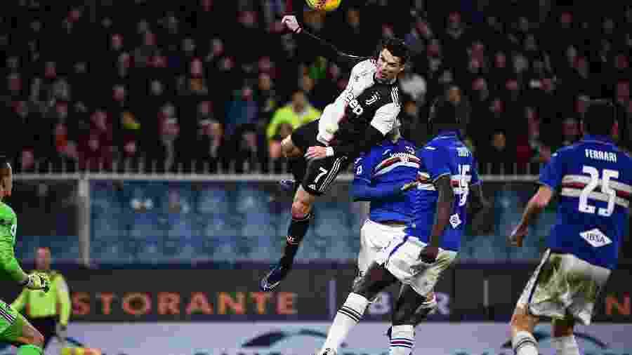 Cristiano Ronaldo durante partida da Juventus contra a Sampdoria, pelo Campeonato Italiano - Marco Bertorello/AFP