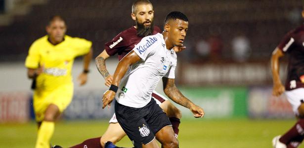 Jesualdo elogia Arthur Gomes, e atacante pode ganhar mais chances no Santos