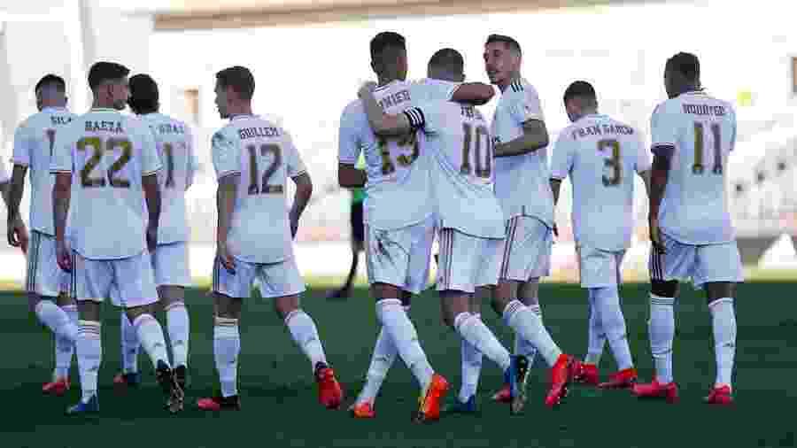 Reinier e Rodrygo participam da comemoração do 1º gol do Real Madrid Castilla no jogo deste domingo - Divulgação/Cantera Real Madrid