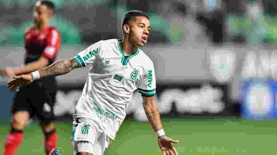 Matheusinho comemora gol pelo América-MG - Mourão Panda/América-MG