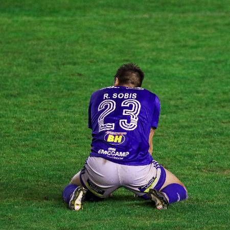 Rafael Sobis, do Cruzeiro, lamenta chance perdida contra o Juventude - Fernando Alves/AGIF