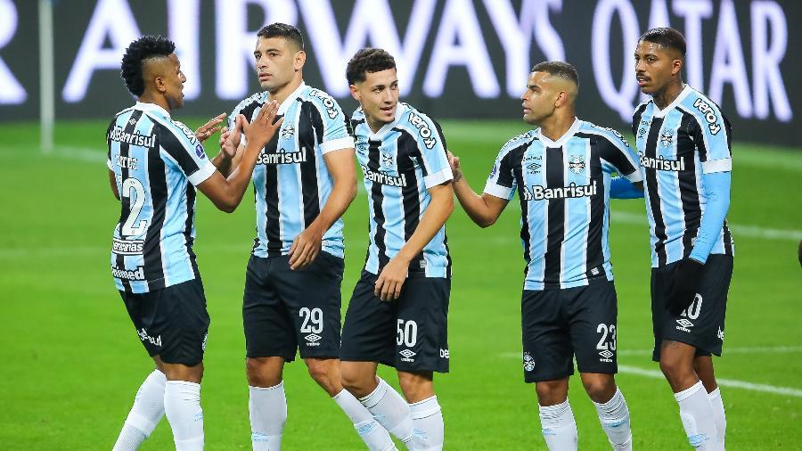 Diego Souza é arma do Grêmio contra o América-MG  - Pedro H. Tesch/AGIF