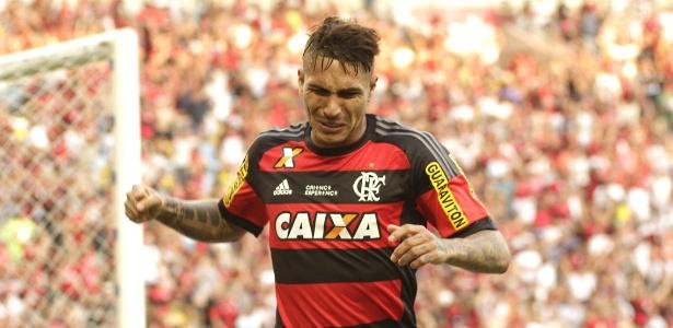 Segundo jornal peruano, clube brasileiro tem interesse em Paolo Guerrero