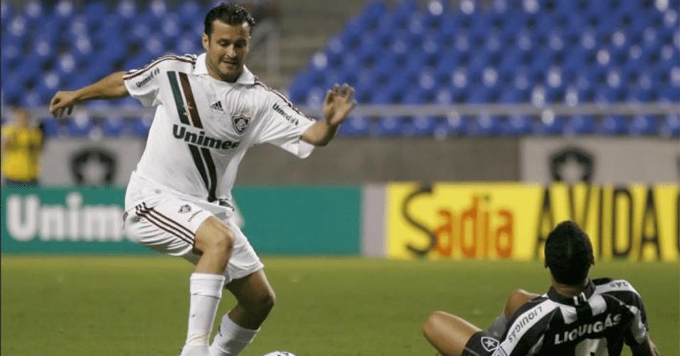 Equi González, reforço do fluminense em 2009. Atleta argentino pouco atuou no clube das Laranjeiras