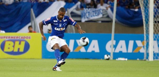 Dedé terá contrato renovado com o Cruzeiro na próxima temporada
