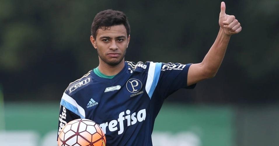 Cleiton Xavier em ação no treino do Palmeiras na Academia de Futebol