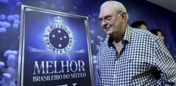 Gilvan deixa oficialmente a presidência do Cruzeiro neste noite de segunda-feira