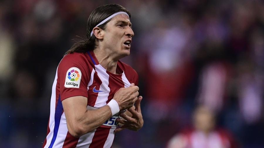 Filipe Luís comemora gol marcado para o Atlético de Madri contra a Real Sociedad - AFP PHOTO / JAVIER SORIANO
