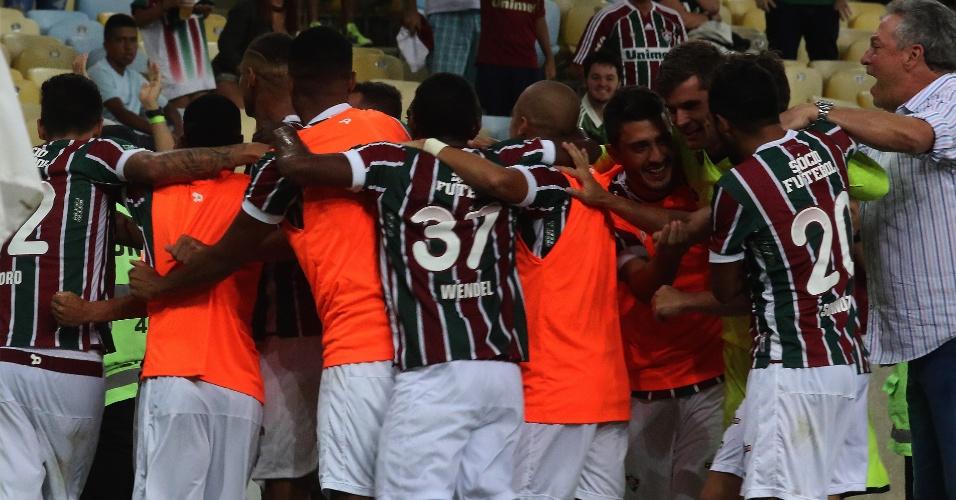 Jogadores do Fluminense comemoram o gol de Richarlison contra o Vasco nas semifinais do Campeonato Carioca 2017