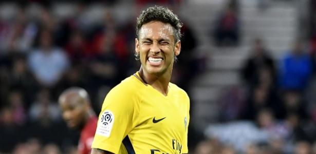 226baad38dc2e PSG colocará em leilão uniforme usado por Neymar em estreia - 07 05 ...