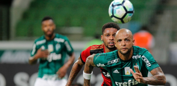 O volante Felipe Melo em ação na partida entre Palmeiras e Sport, no Allianz Parque - Daniel Vorley/AGIF