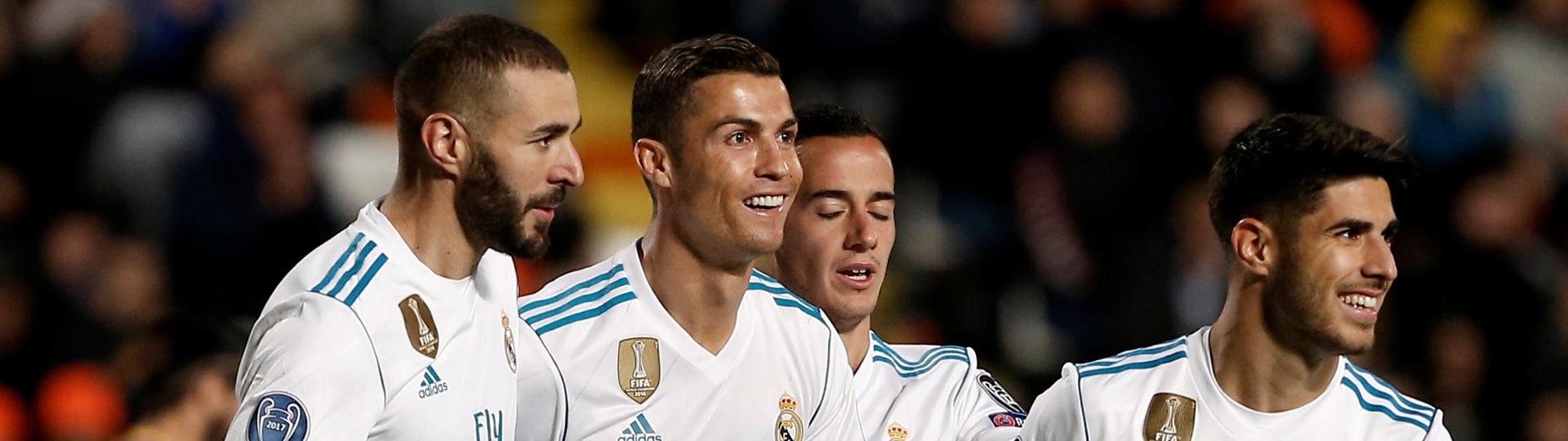 Jogadores do Real Madrid comemoram vitória contra o Apoel na Liga dos Campeões