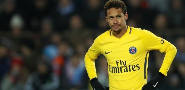 Neymar não atuou pelo PSG e viajou às pressas para o Brasil por um problema familiar