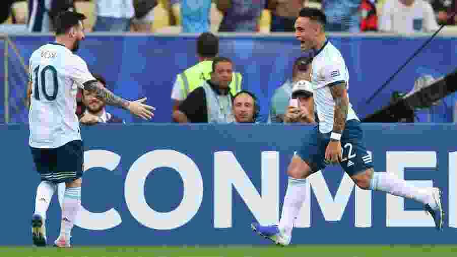 Lautaro Martínez vai jogar mais com Messi caso se transfira para o Barcelona - Pedro UGARTE / AFP