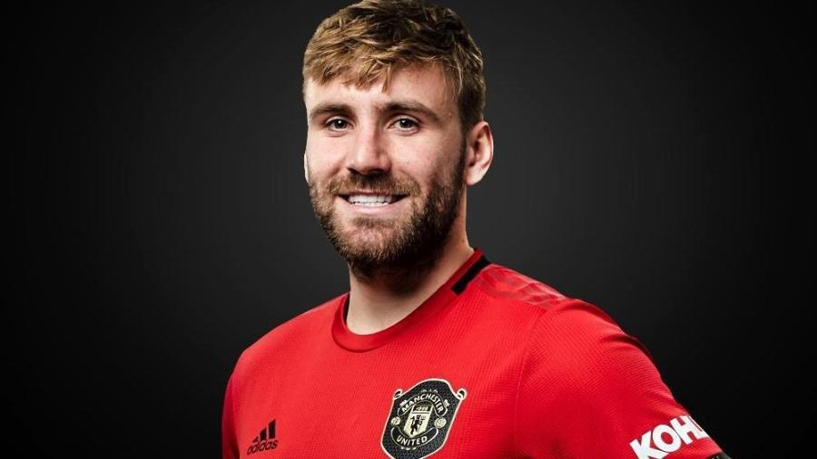 Luke Shaw, lateral do Manchester United - Divulgação/Site oficial do Manchester United