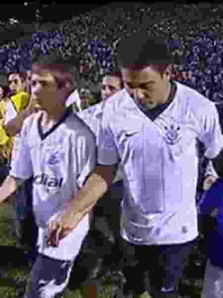 Cartolouco diz que mentiu em jogo do Corinthians para ficar perto de Ronaldo - Reprodução/Instagram