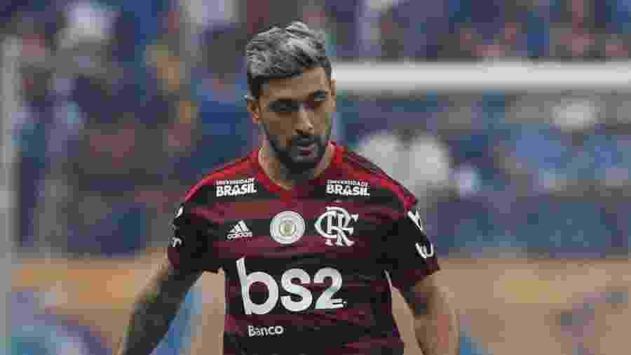 Arrascaeta havia demonstrado que teria de enfrentar o Grêmio por ritmo de jogo para a final da Libertadores - Fernando Moreno/AGIF