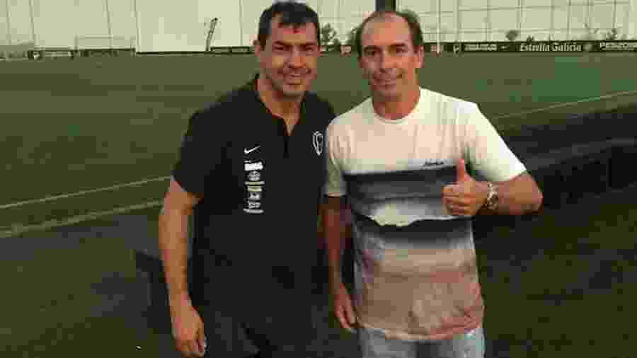 Paulo Baier posa com Fábio Carille durante seu estágio no Corinthians - Arquivo Pessoal